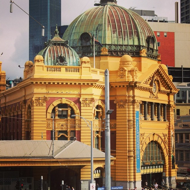 Meet you under the clocks? #melbourne #flindersstreet #station #metro